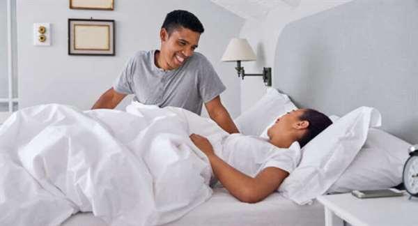 Làm thế nào để đối tác của tôi có thể giúp tôi có một giấc ngủ ngon khi mang thai?